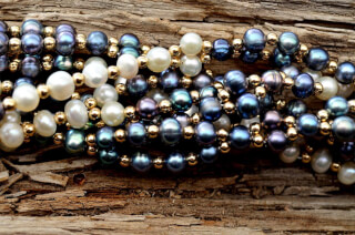 Tantric Necklace Mala Black Pearl, Pearl & Gold