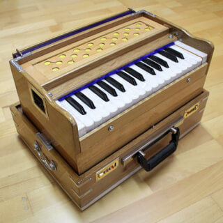 Harmonium Sat Nam Mini, Light brown