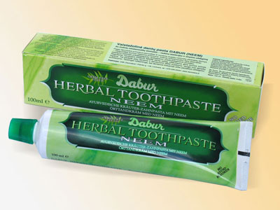 Dabur Herbal Neem Toothpaste, 100 g