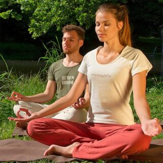 VAPUS Yoga clothing – made of 100 % organic materials